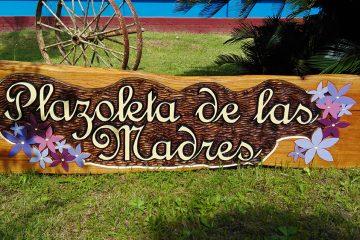 Elaboración de Carteleres Tallados en Madera